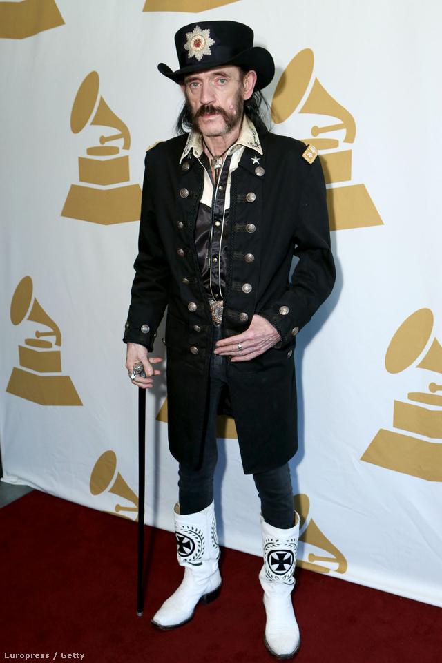 Lemmy Kilmister nagy rajongója a minőségi, feltűnő csizmáknak.