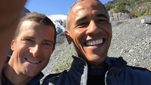 Barack Obama + kicsit nyers, megcsócsált lazac = Bear Grylls