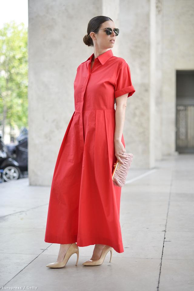 Piros ingruha a hétköznapokra.