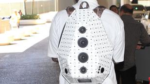 Menő vagy ciki a hangszórós hátizsák?