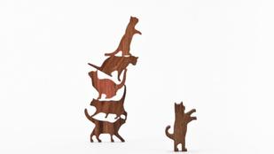 Építsen tornyot macskákból!