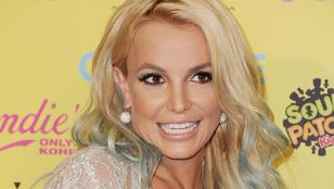 Étteremtulajdonossal randizott Britney Spears