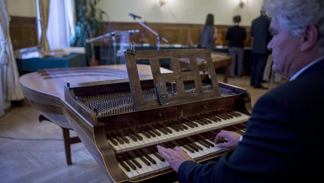 A világon egyedülálló hangszert láthatunk a Duna Palotában