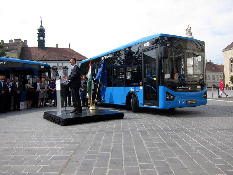 Dabóczi Kálmán szívesen vett volna magyar buszokat, de a Karsan sokkal olcsóbb ajánlatot adott