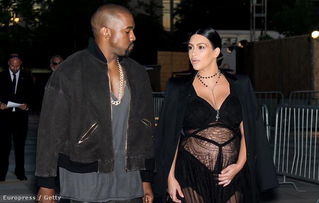 Kanye West nem beszélte le nejét az áttetsző kismama ruháról.