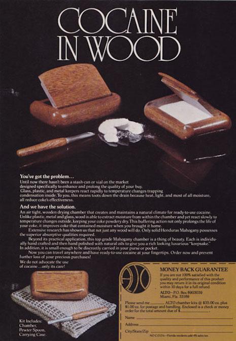 Hondurasi mahagóni fából készült dobozban is tarthattuk a motyót.