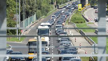 Megint nem tanácsos az M7-es felé autózni