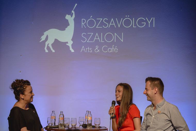 Sztarenki Dórával és Grecsó Krisztiánnal Náray Erika beszélgetett a Rózsavölgyi Szalonban.