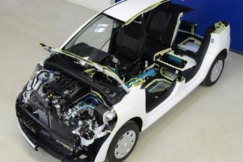 A politikán bukott el a Peugeot levegős hibridhajtása?