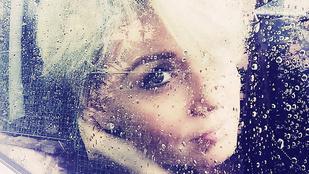 Liptai Claudia annyira művészi képet posztolt magáról, hogy Szabó Zsófinak néz ki rajta