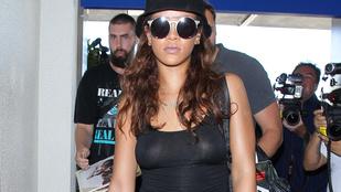 Rihanna hálós szatyorként mutatta meg bikinis testét