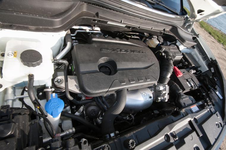 1,6 liter, 300 Nm, saját fejlesztés