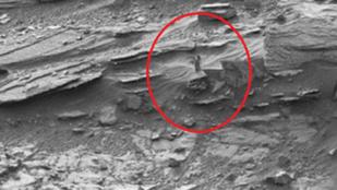 A folyékony víz szuper, de már sokkal érdekesebb dolgokat is találtak a Marson