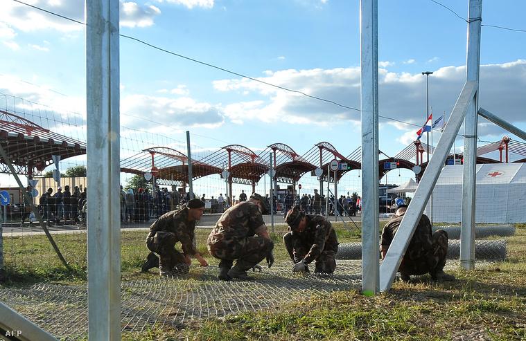 Bremend közelében építik a határzárat szeptember 21-én