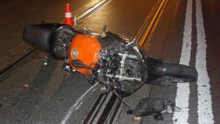 Durva motoros baleset történt Zuglóban