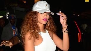 Rihanna bemutatja az új fiúját a mamájának