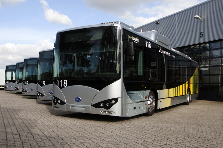 A schipholi repülőtéren az összes busz BYD K9 (fotó: BYD)