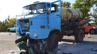 Ivott a teherautó sofőrje, mielőtt halálra gázolta a motorost