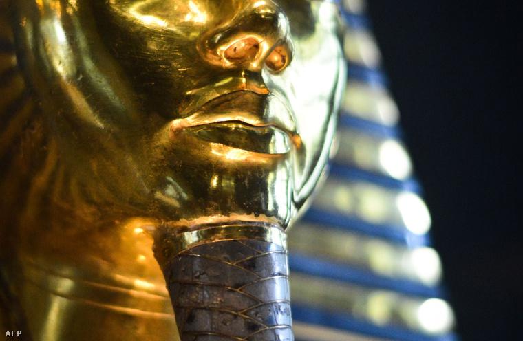 Tutanhamon fáraó szarkofágja.