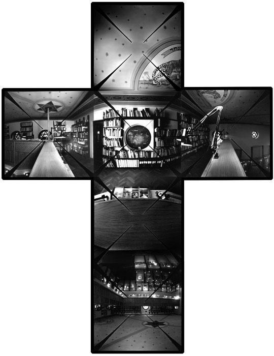 A Magyar Fotográfiai Múzeum belső tere, Kecskemét, 2000.                          – Camera obscura keresztpanoráma, horizontálisan és vertikálisan is 360                          fokos látószöggel
