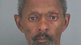 Nem akart vele szexelni a csaja, ezért kihívta a rendőröket