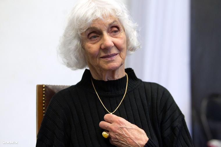 Fahidi Éva