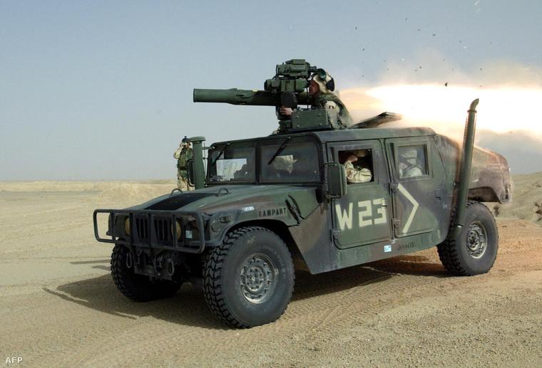 TOW bevetésen az amerikai tengerészgyalogság (USMC) kuvaiti hadgyakorlatán 2003-ban