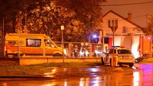 Két emeletet zuhant egy budapesti lány