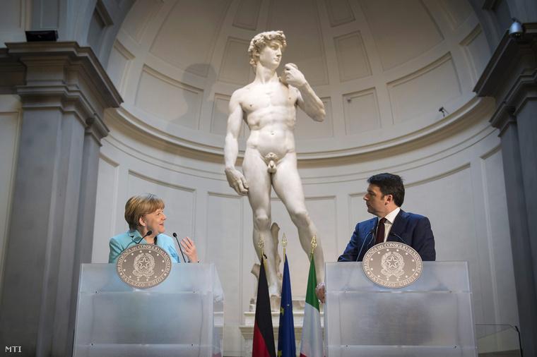 Angela Merkel és Matteo Renzi