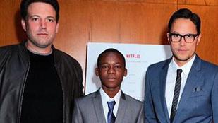 Ben Affleck fejéről eltűnt a szőr