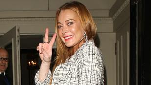 Lindsay Lohan indulna az amerikai elnökválasztáson