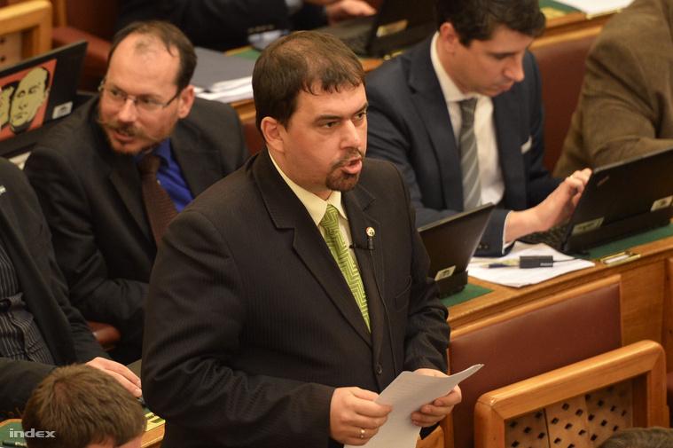 Szávay István az Országházban