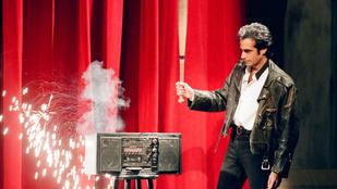 David Copperfield könyvelője eltüntette a pénzét