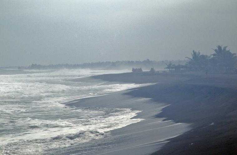A vihar előszele már elérte Mexikó nyugati partját