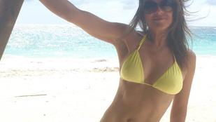 Elizabeth Hurley bikiniben dögösködik