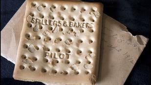 6,5 millió forintért kelt el egy romlott keksz