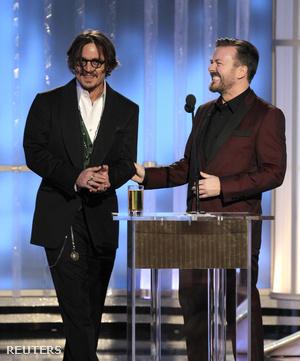 Johnny Depp és Ricky Gervais a 2012-es Golden Globeon.