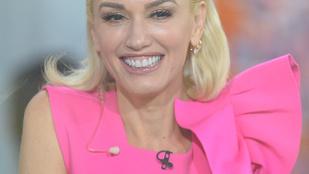Népi megfigyelések rovat: Gwen Stefani furán mosolyog