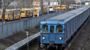 Több metróaluljárót is felújítanak Budapesten