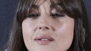 Monica Bellucci persze hogy szép, de azért öregszik is...