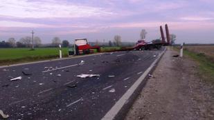Durva fotók: halálos baleset történt a 35-ös számú főúton