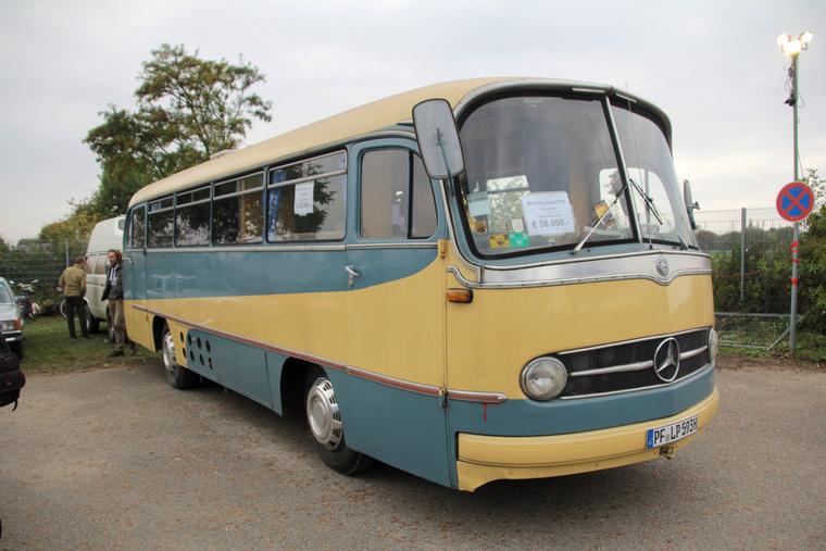 Autóbusszal járni nem a legolcsóbb módja a közlekedésnek, mondjon bárki bármit: 58 ezer eurós kiadást nehéz otthon megindokolni azzal, hogy de drágám, minden fillérre figyelek, busszal járok