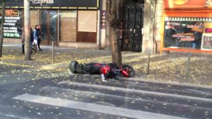 Motoros gázolt halálra gyalogost a Körúton