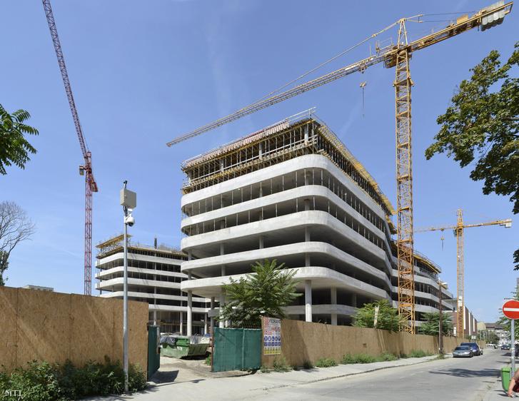 Lakóházak alig épülnek. A Nokia Networks Magyarország új székháza a főváros VIII. kerületében