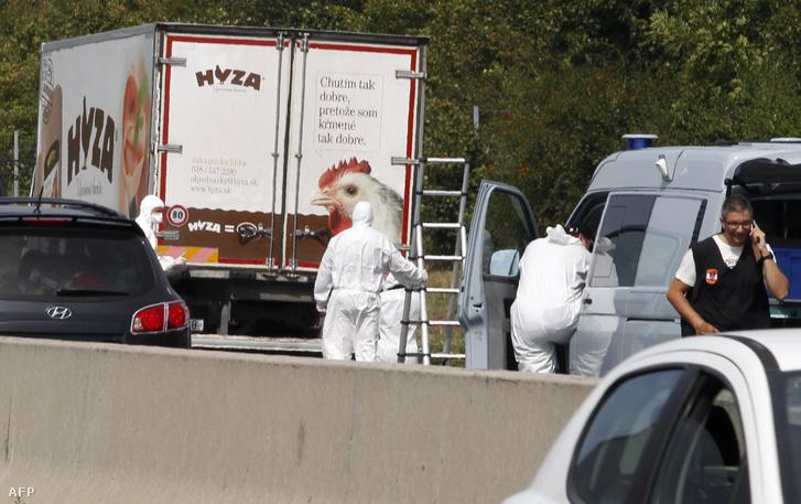 A menelteket szállító hűtőkocsi, aznap, amikor megtalálták az autópályán