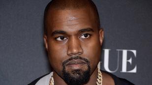 Kanye West naponta levágatja a haját!
