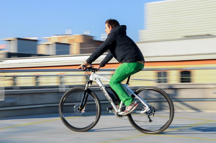 Városi közlekedéshez is praktikus