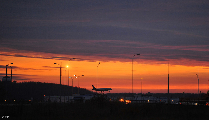Pulkov repülőtér Szentpétervárott.