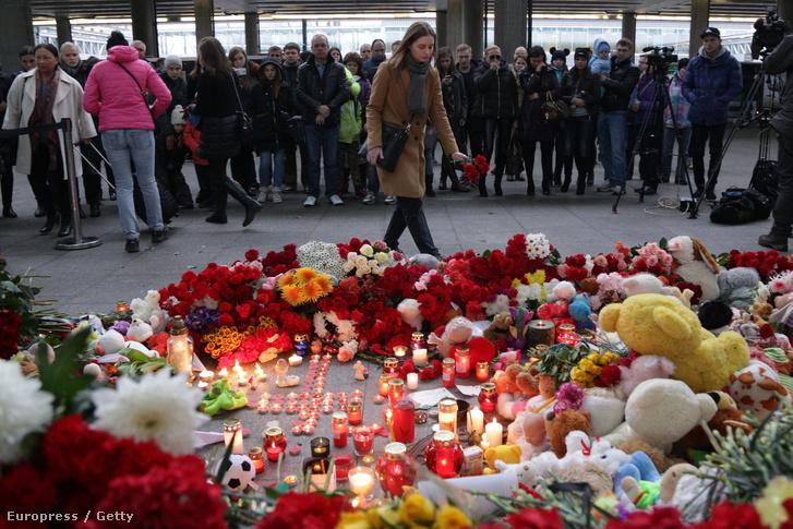 A tragédia áldozatait gyászolják Szentpénterváron
