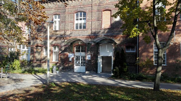 A rehabilitációs osztály épülete